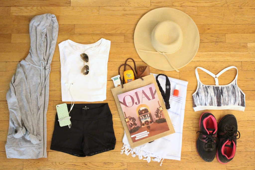 Athleta Unpacked - Weekend Getaway