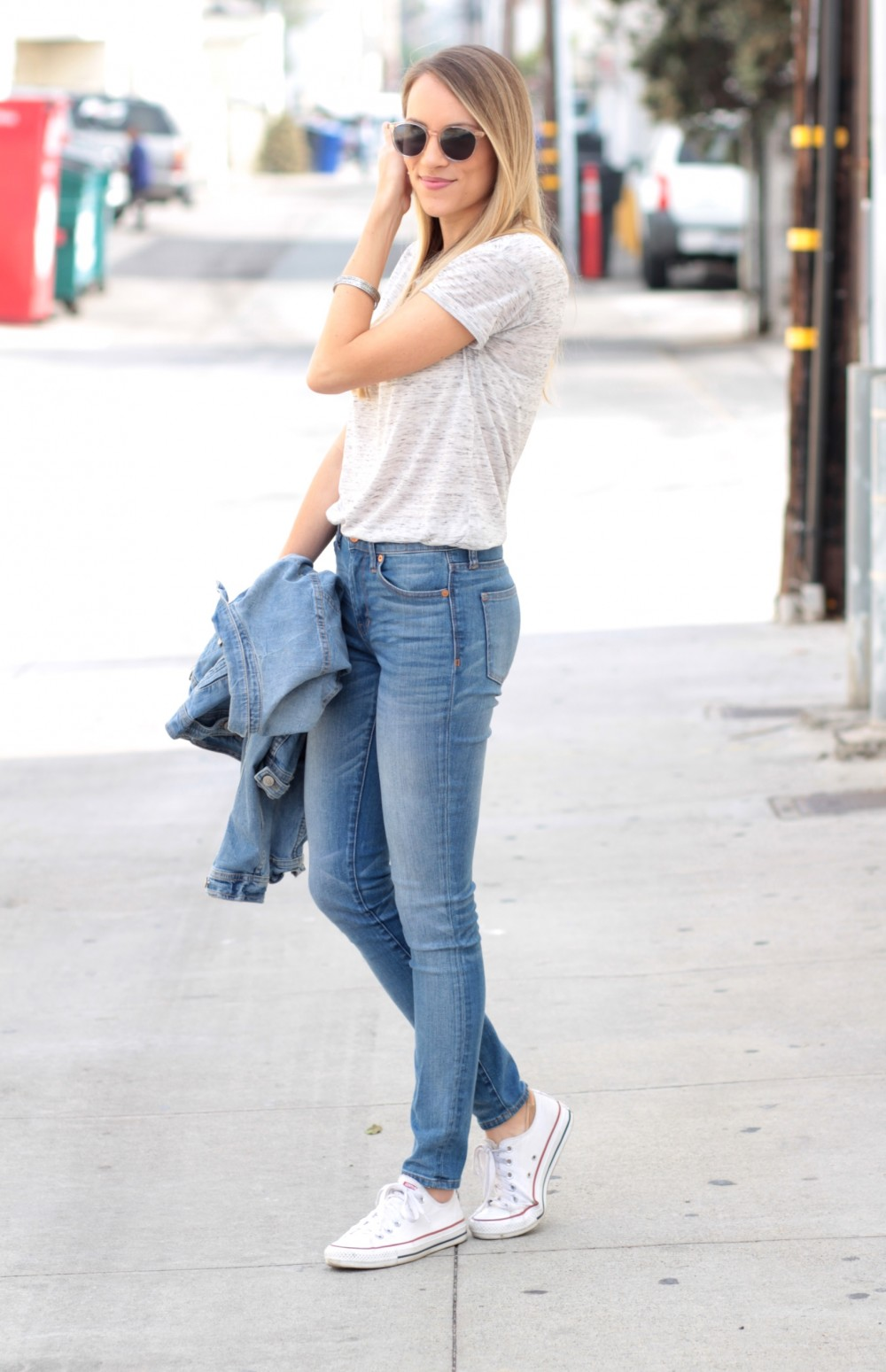 Bella Luxx tee + high waisted Madewell jeans + converse   Adorned With Love